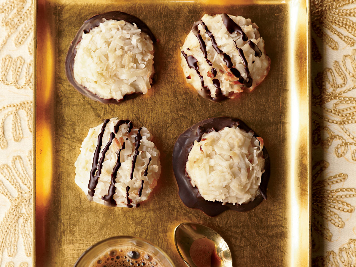 images-sys-201112-r-coconut-macaroons.jpg