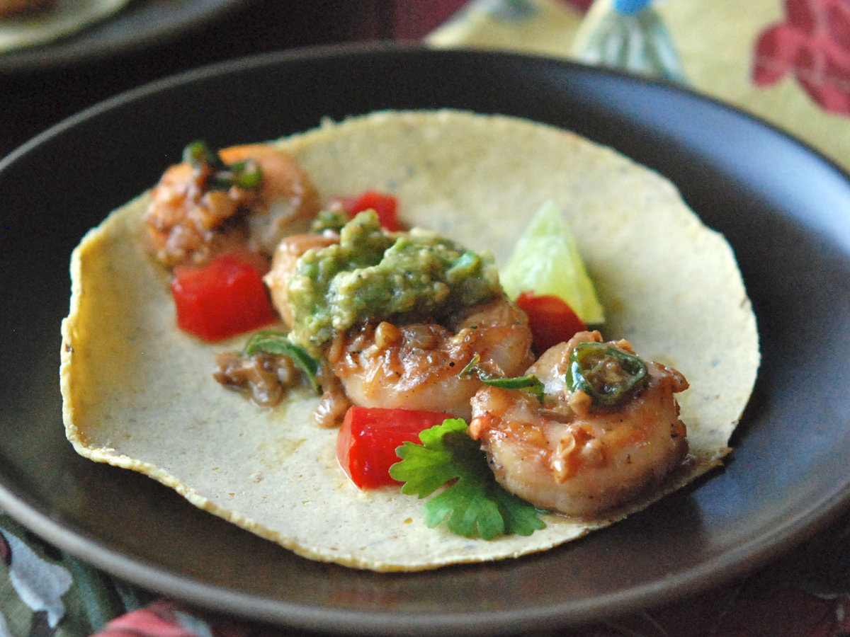 images-sys-201201-r-zimmern-shrimp-green-chiles.jpg