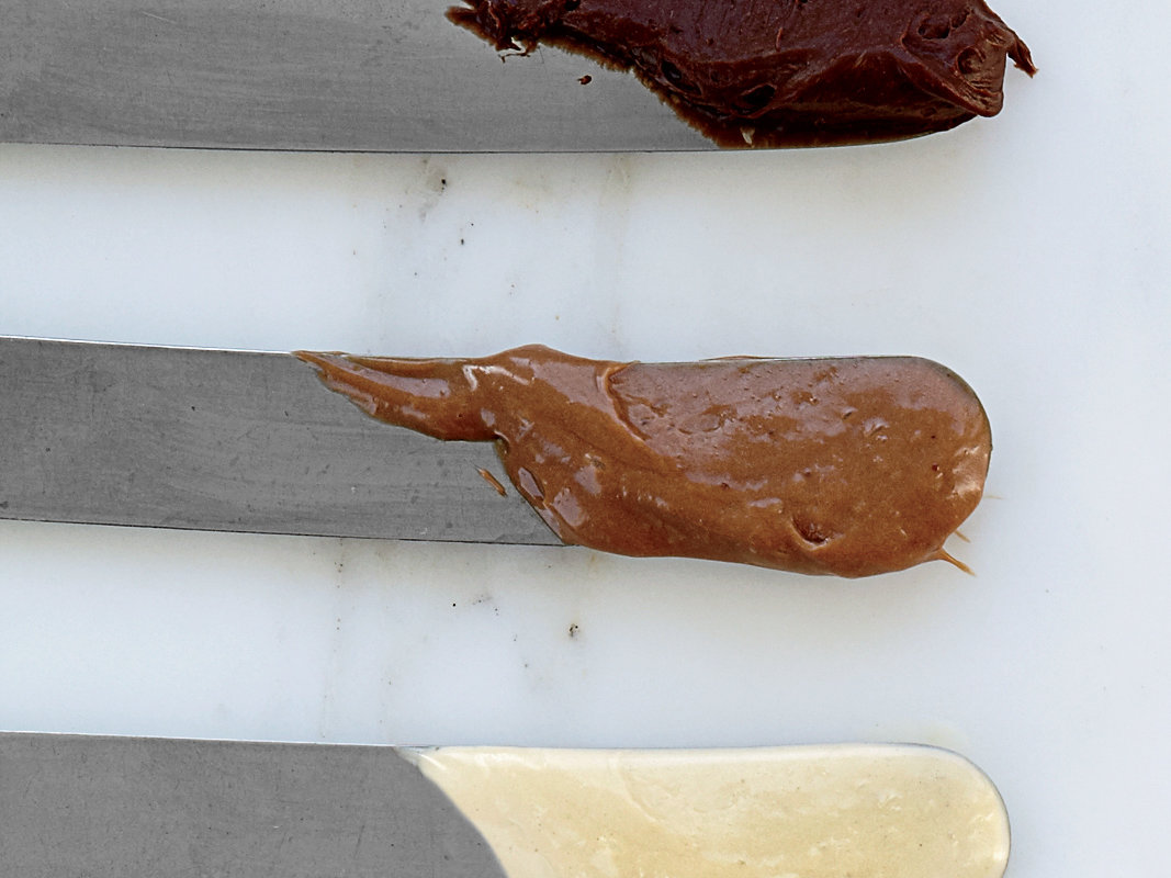 images-sys-201202-r-milk-chocolate-mousse.jpg