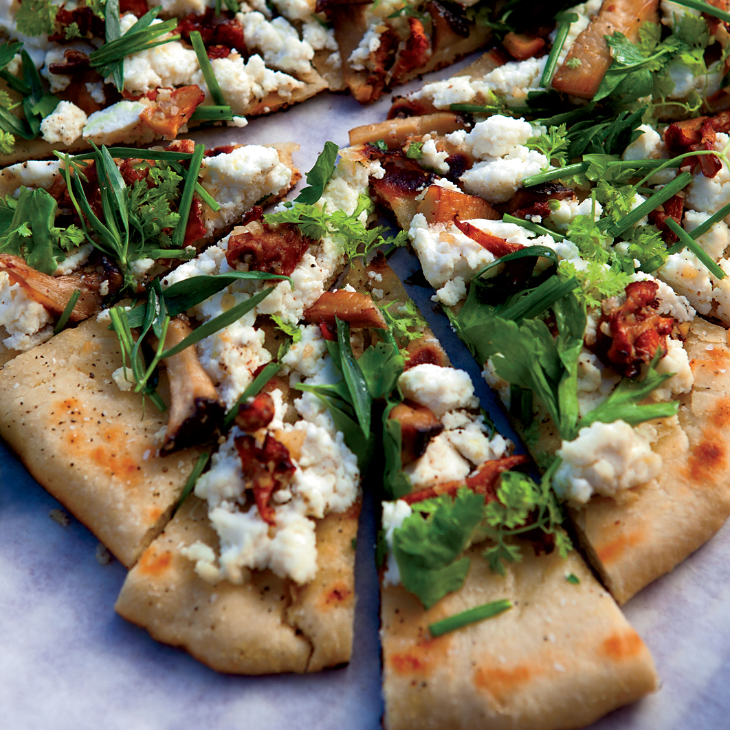 original-201208-r-grilled-flatbreads-with-mushrooms-ricotta-and-herbs.jpg