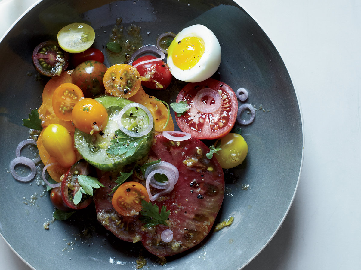 r-2013-r-heirloom-tomato-salad-with-anchovy-vinaigrette.jpg