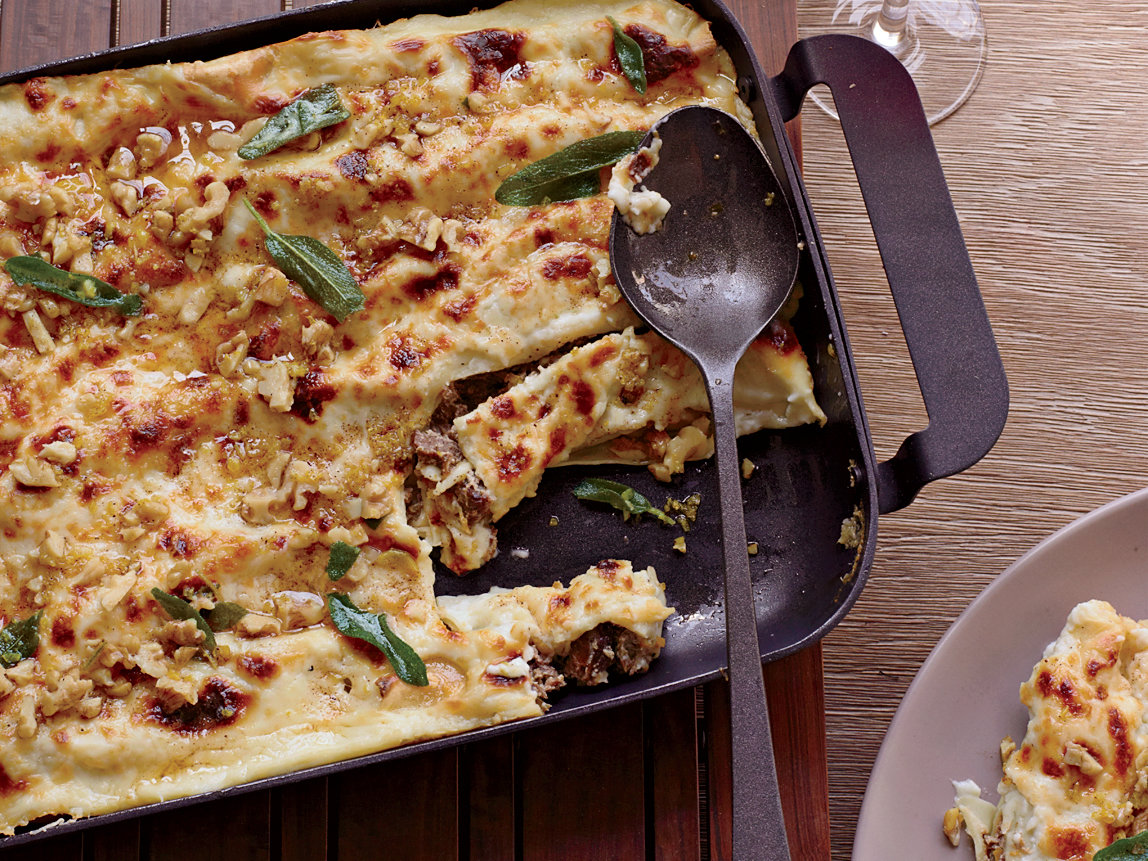 original-201210-r-cannelloni-with-walnuts-and-fried-sage.jpg