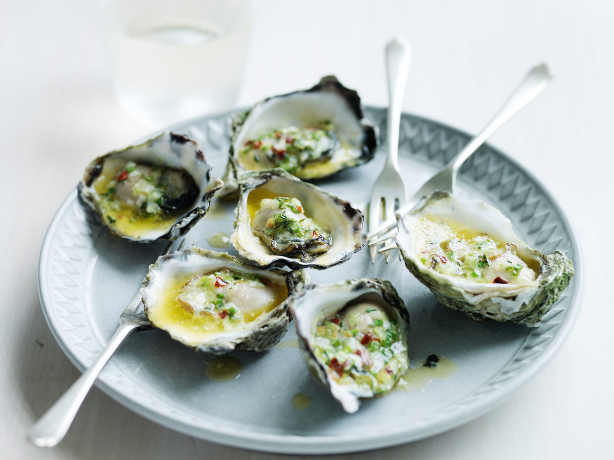 original-201307-r-fire-grilled-oysters-with-green-garlic-and-pastis-butter.jpg