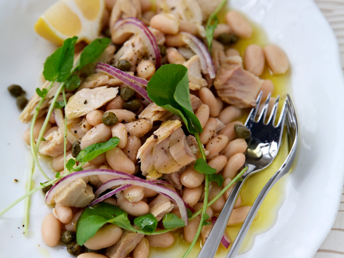 original-201307-r-tuna-and-white-bean-salad.jpg