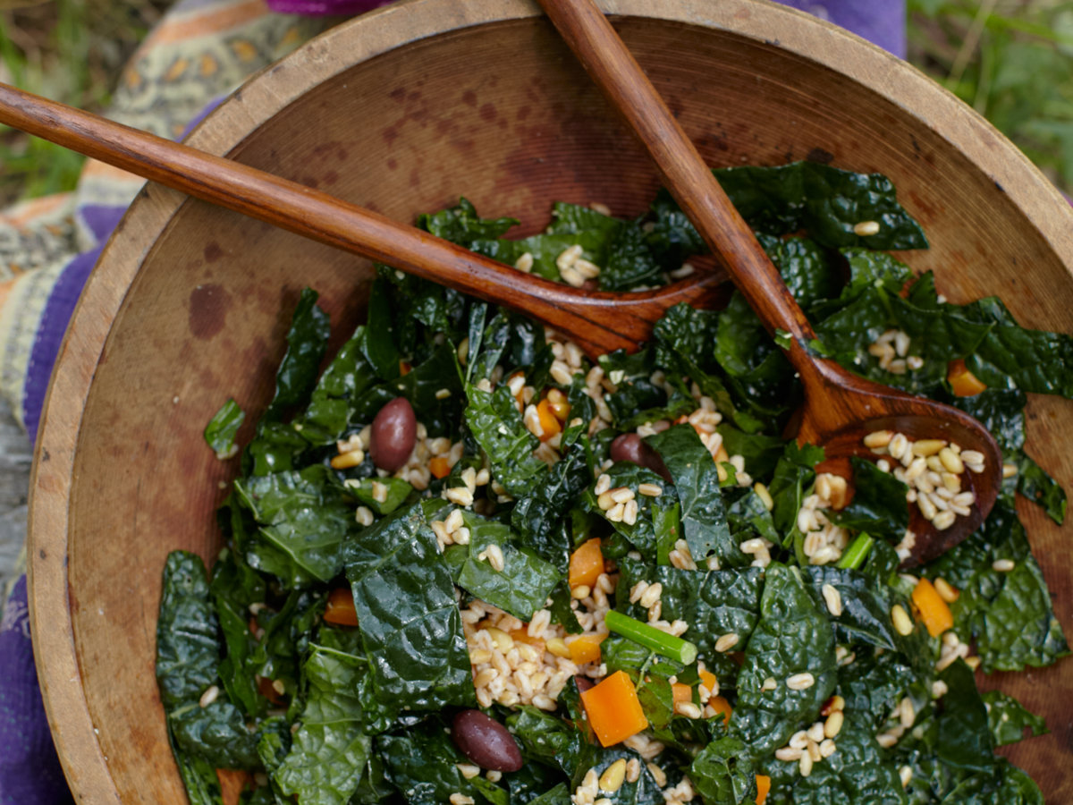 original-201308-r-farro-and-kale-salad-with-olives-and-pine-nuts.jpg