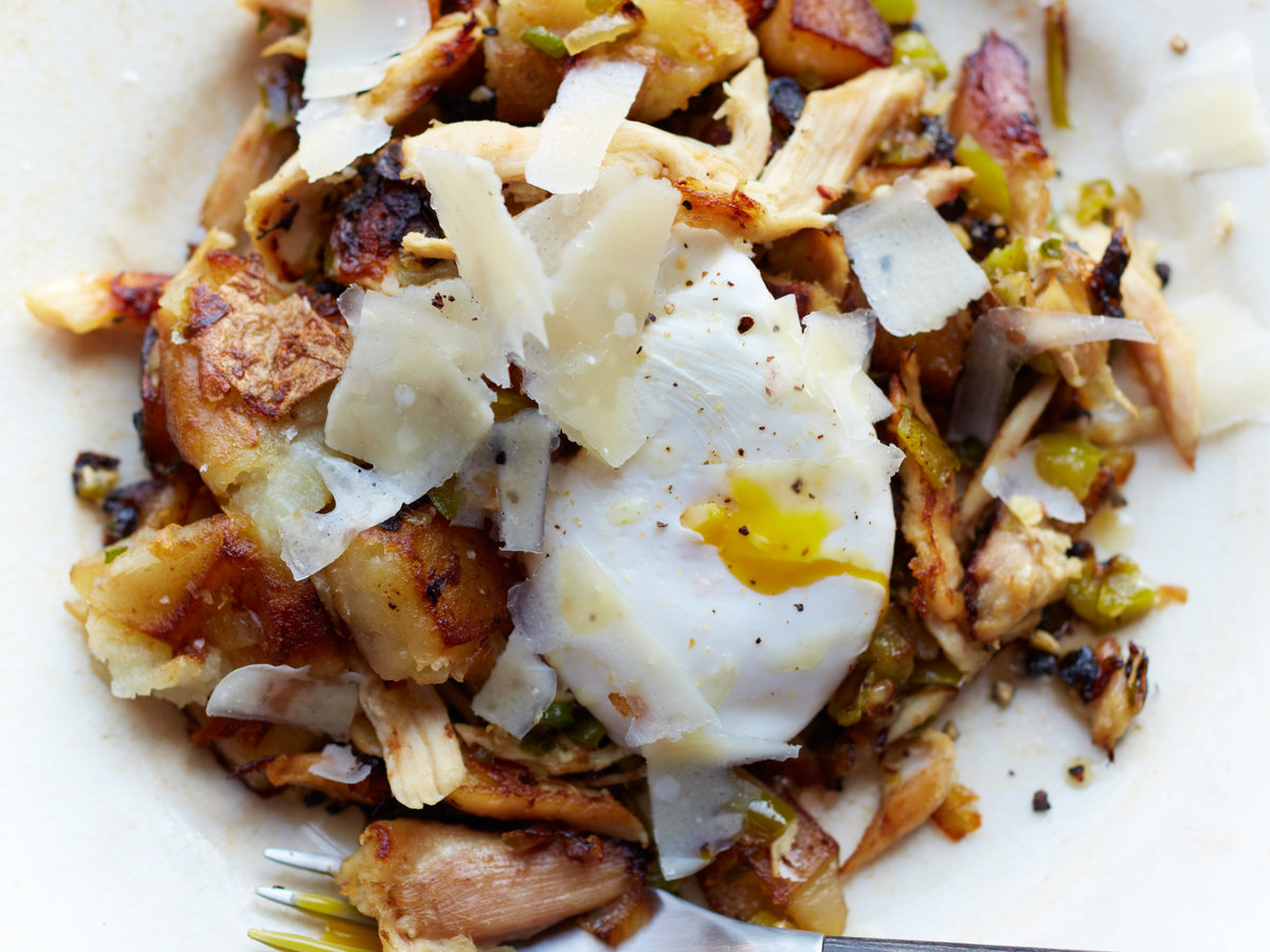 original-201309-r-chicken-hash-with-eggs.jpg