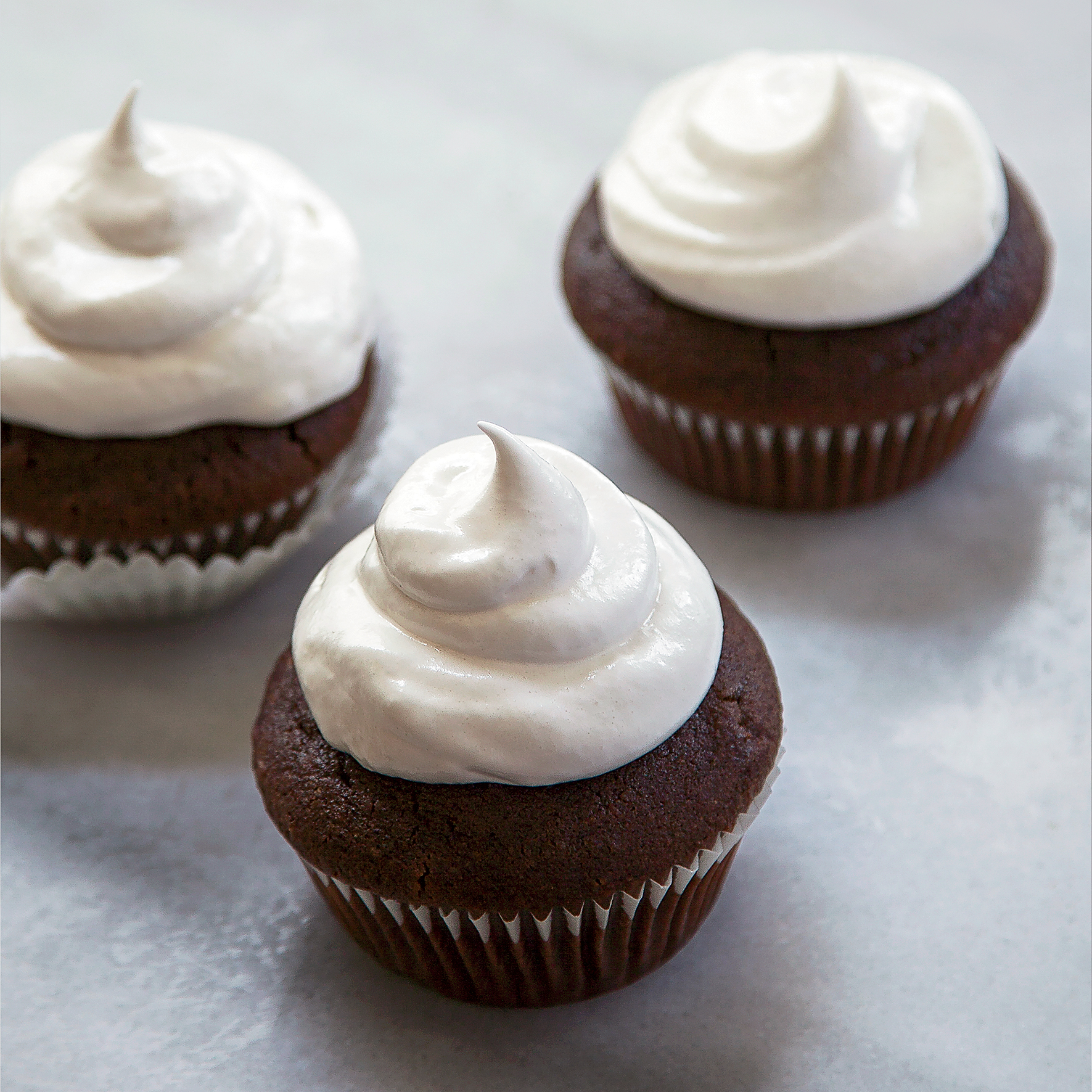 original-201309-r-hot-cocoa-cupcakes-with-marshmallow-frosting.jpg