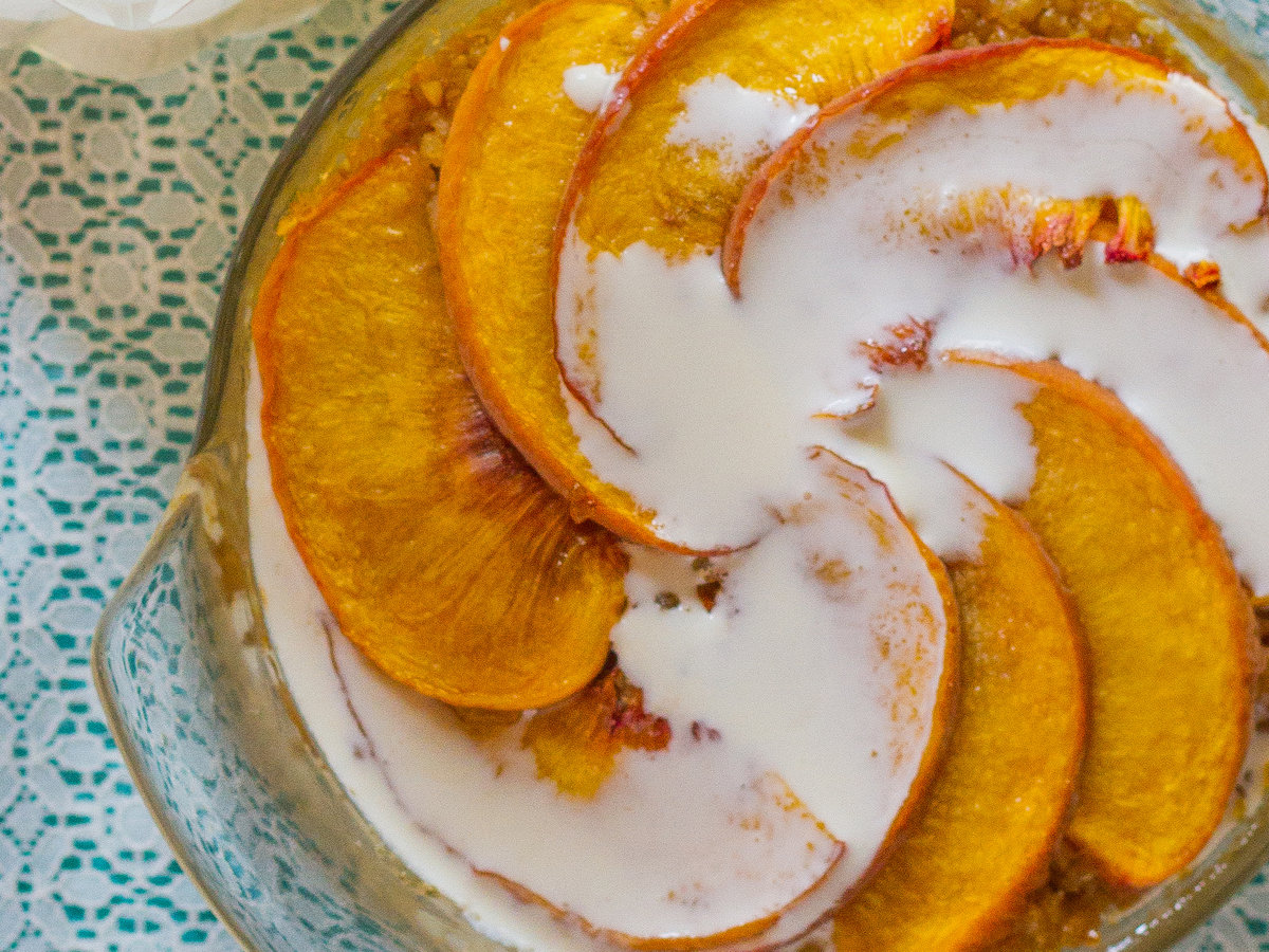 original-201311-r-peaches-and-cream-baked-quinoa-and-oatmeal.jpg