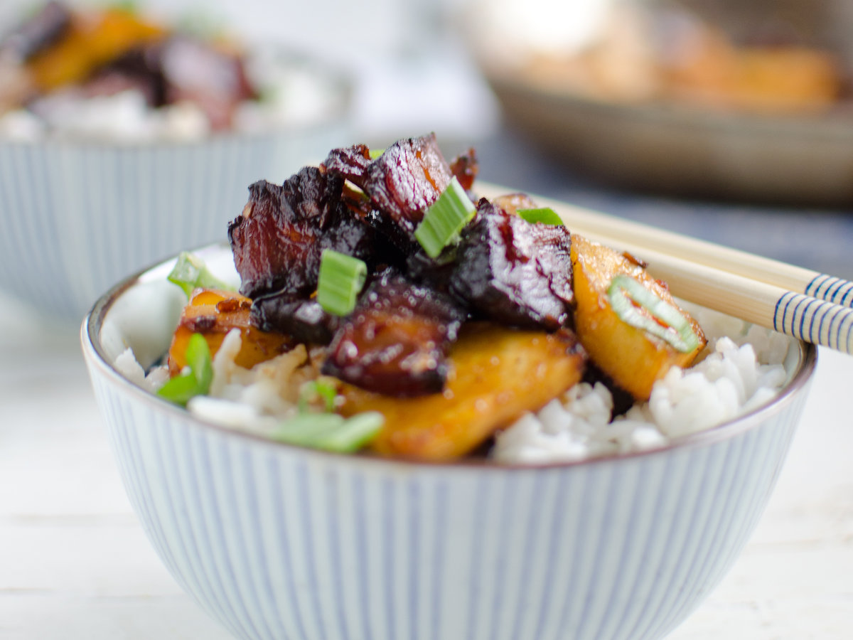 original-201401-r-bbq-pork-and-pineapple-stir-fry.jpg