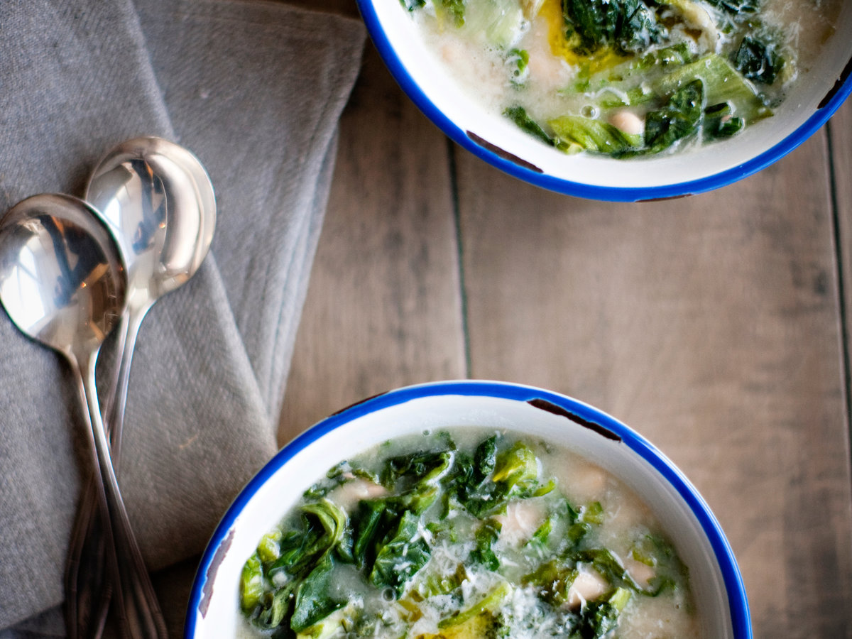 original-201204-r-cannellini-and-escarole-soup-with-garlic-oil.jpg