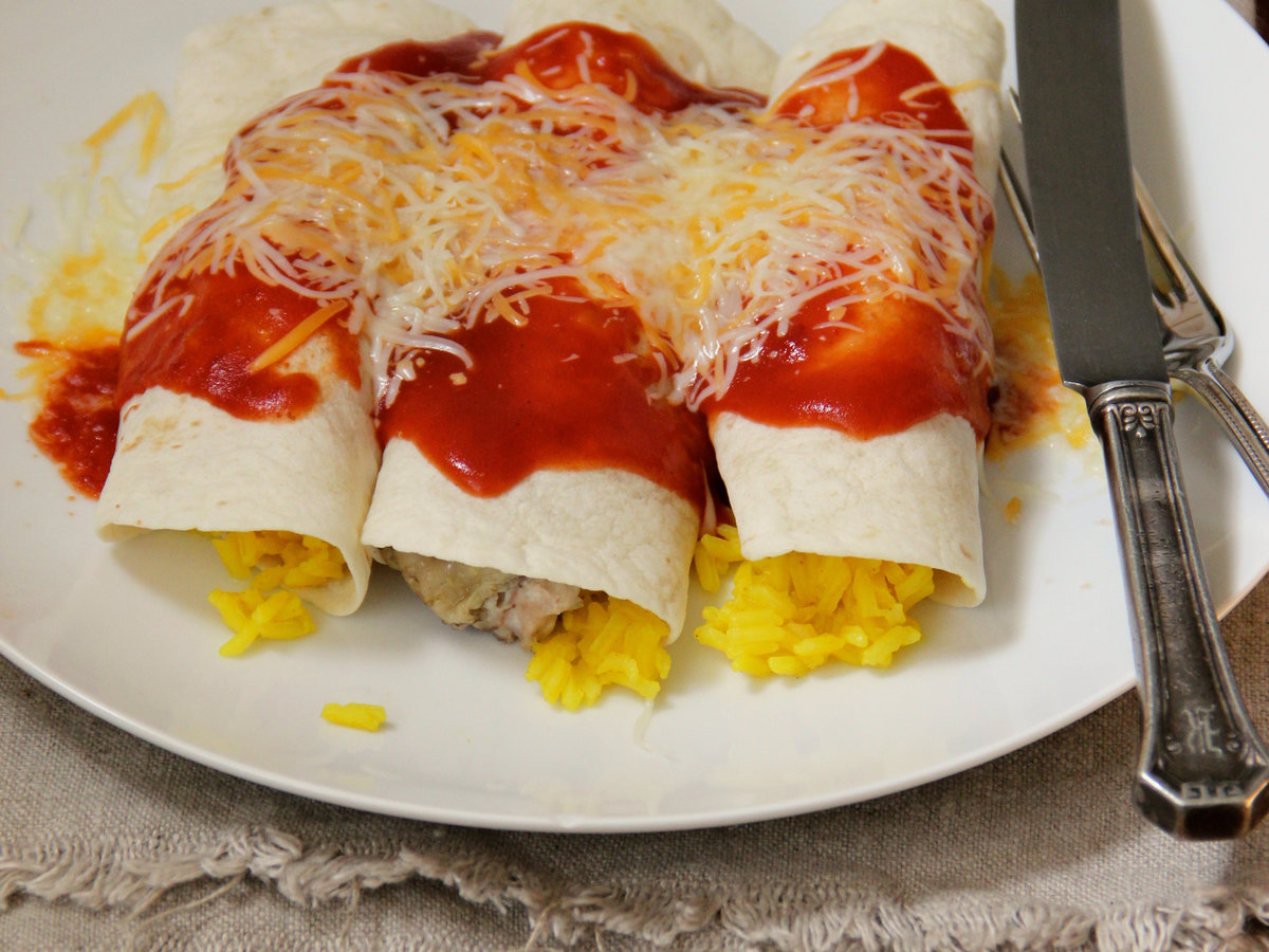 hd-201404-r-chicken-and-rice-enchiladas.jpg