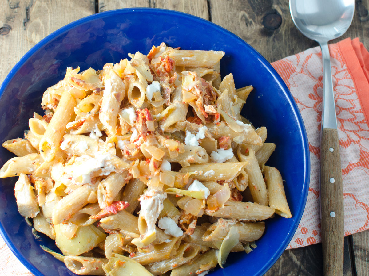 hd-201404-r-lemony-smoked-salmon-and-artichoke-heart-whole-wheat-pasta.jpg