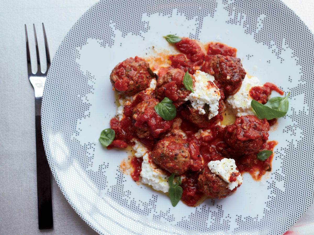 original-201401-r-herbed-lamb-meatballs-with-rich-tomato-sauce-and-ricotta.jpg