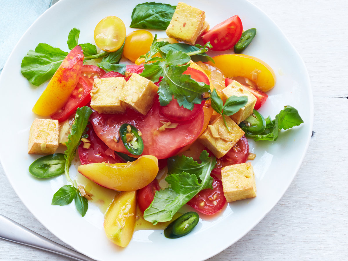 original-201408-r-Tomato-and-Peach-Salad-with-Crisp-Tofu.jpg