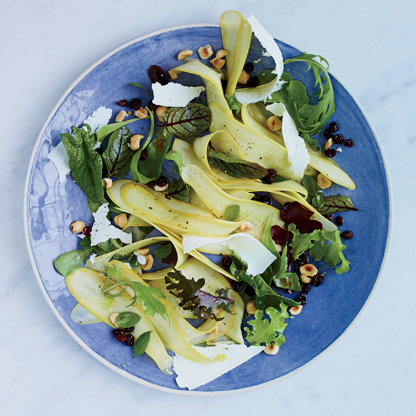 201409-r-summer-squash-salad-with-pickled-currants.jpg