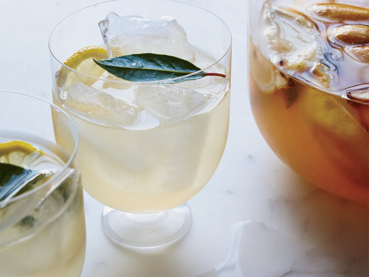 original-201410-r-roasted-lemon-and-bay-leaf-hard-lemonade.jpg