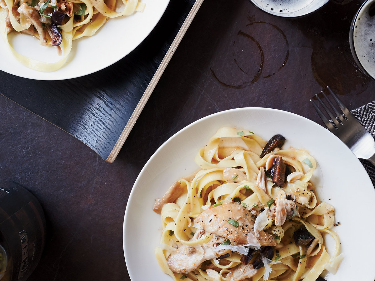 original-201410-r-tagliatelle-with-braised-chicken-and-figs.jpg