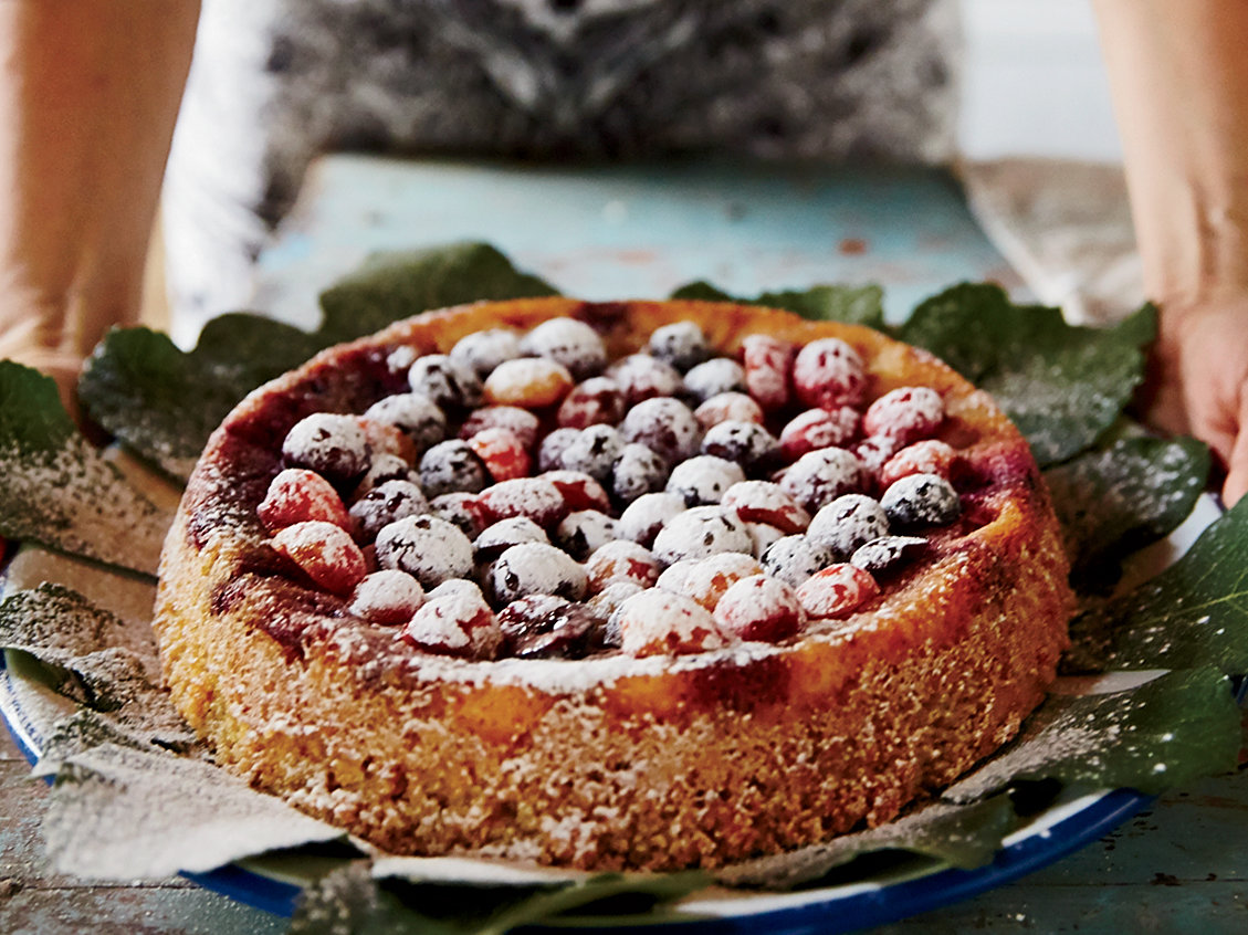 original-201503-r-almond-cake-and-mixed-berries.jpg
