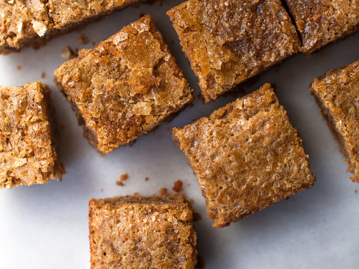 Maple Pumpkin-Pecan Snacking Cake