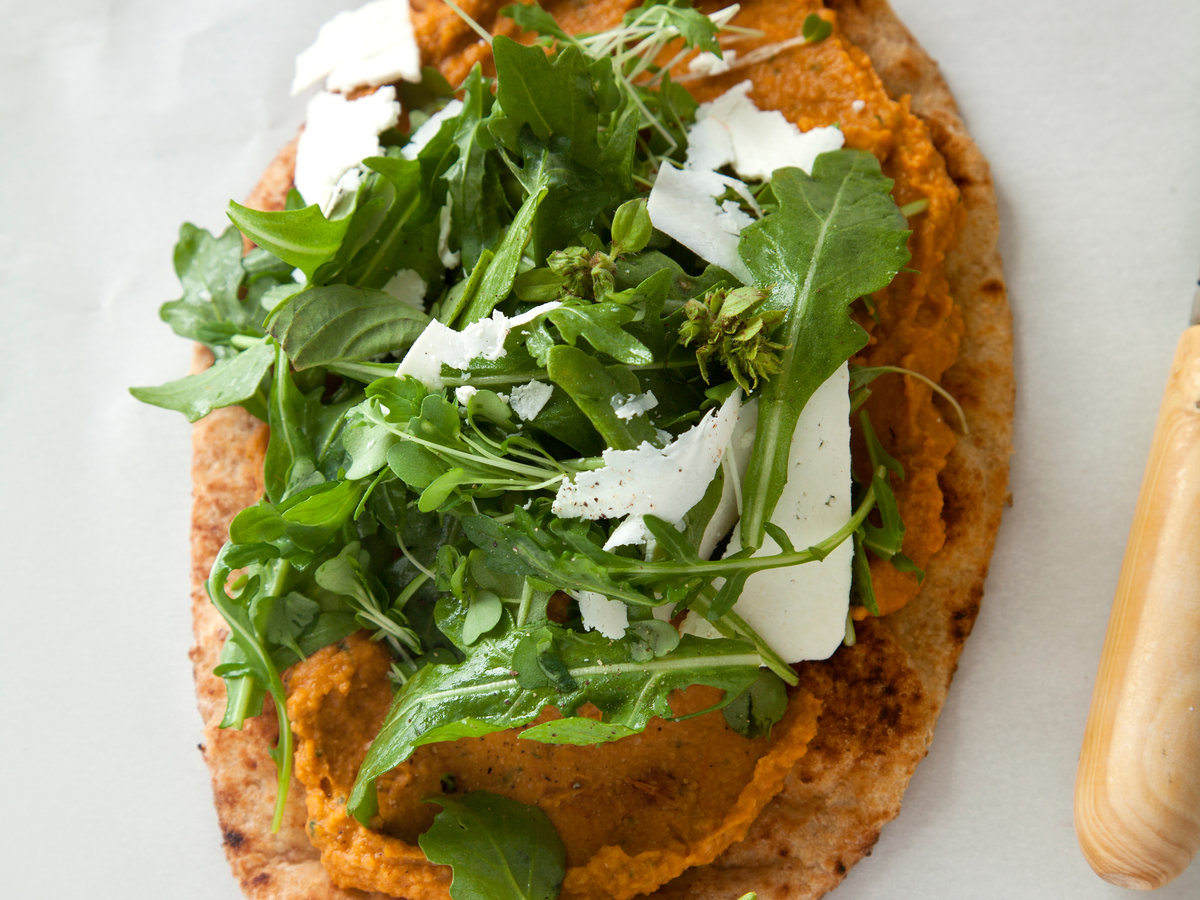 Roasted Tomato-Basil Hummus Flatbreads