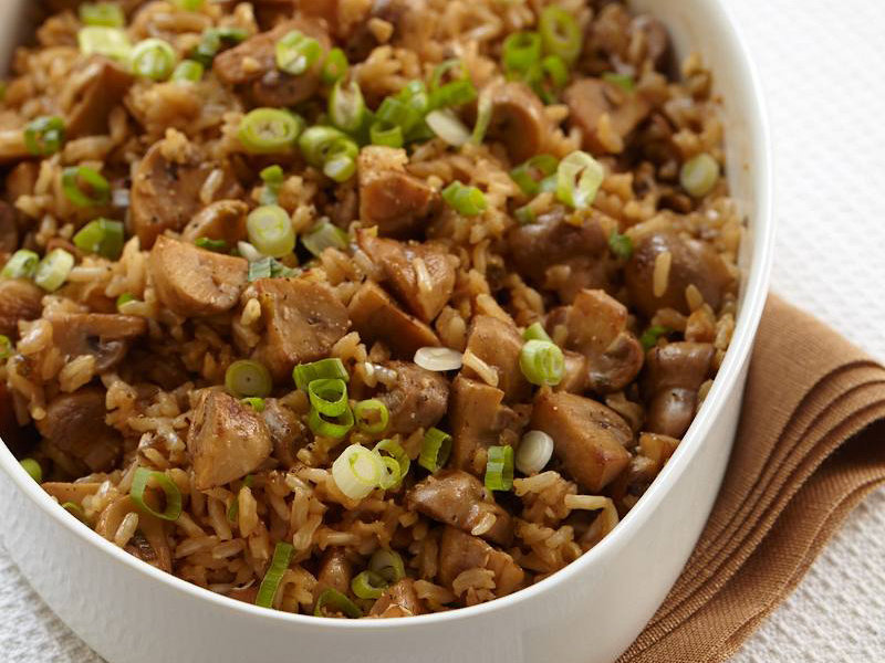 Brown Rice Pilaf with Mushrooms