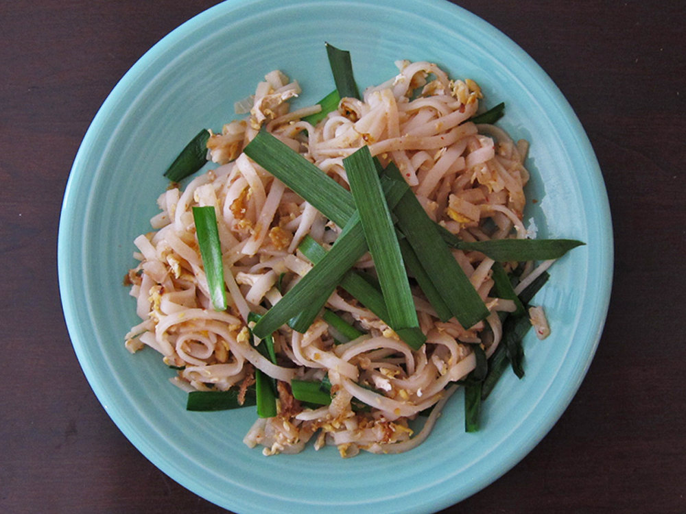 hd-201405-r-pad-thai-with-chinese-chives.jpg