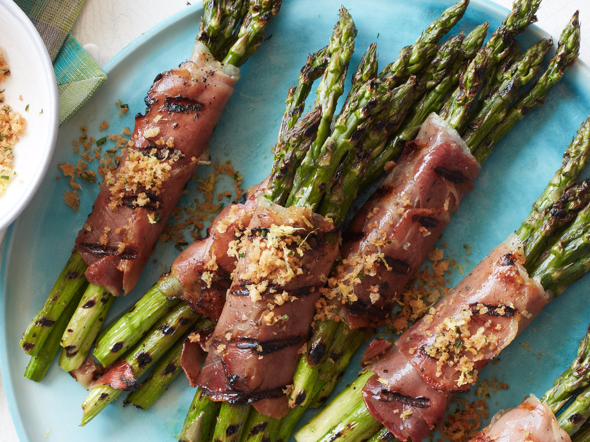 Prosciutto-Wrapped Asparagus with Lemony Bread Crumbs