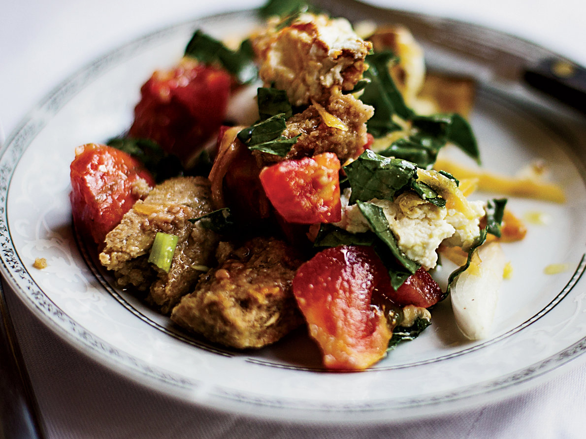 Greek Bread Salad with Spinach and Tomatoes