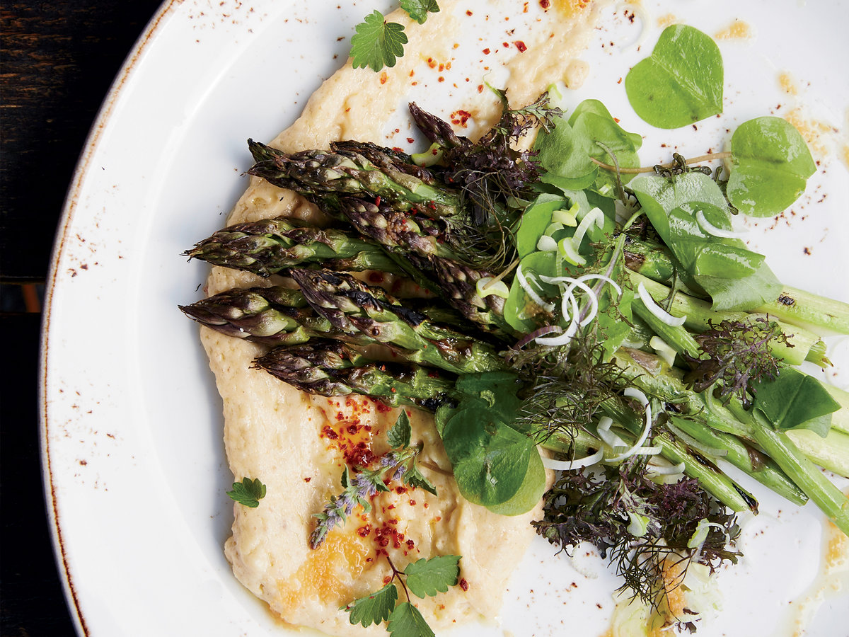 Grilled Asparagus with Taramasalata