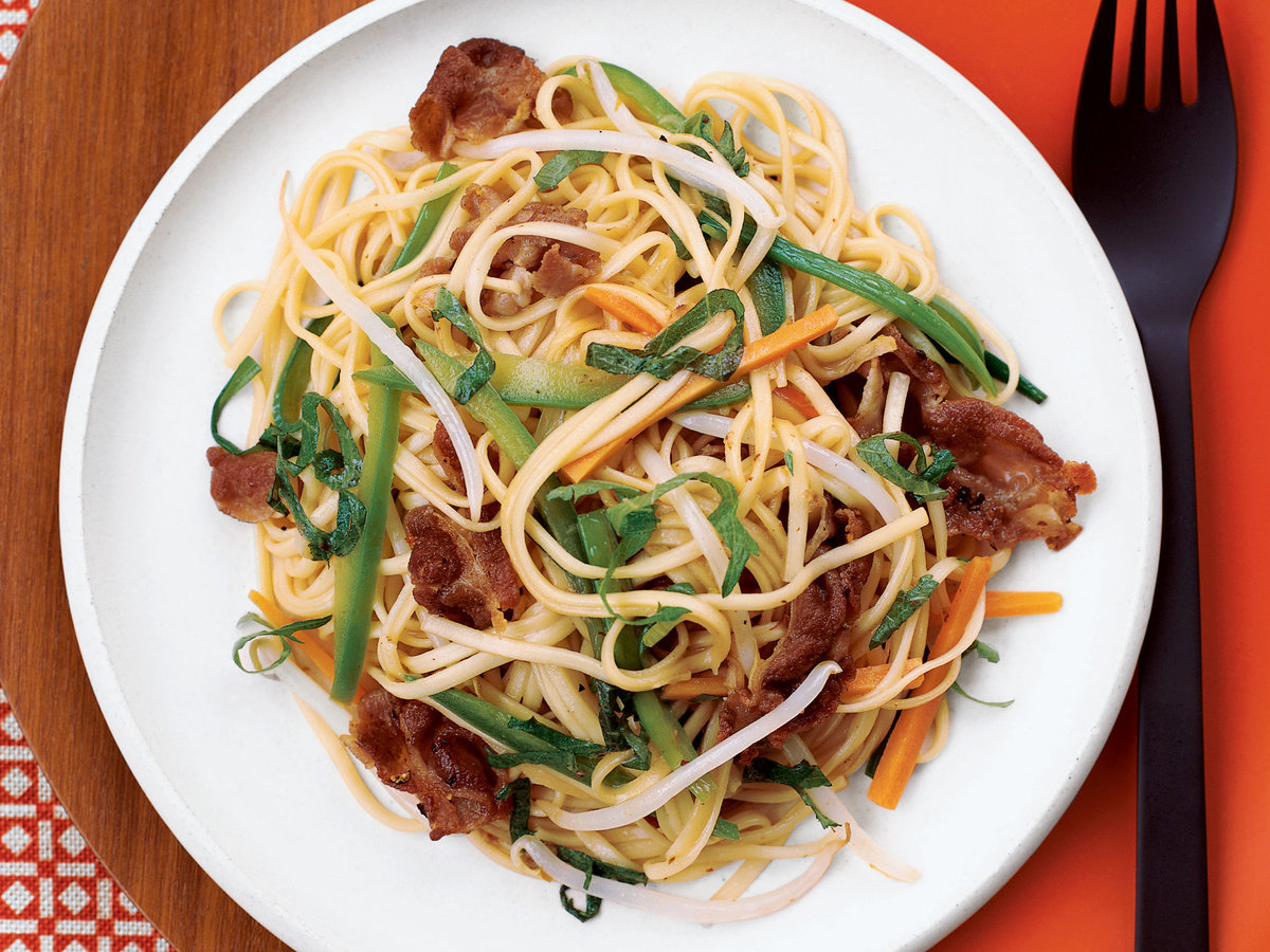Stir-Fried Noodles and Pork