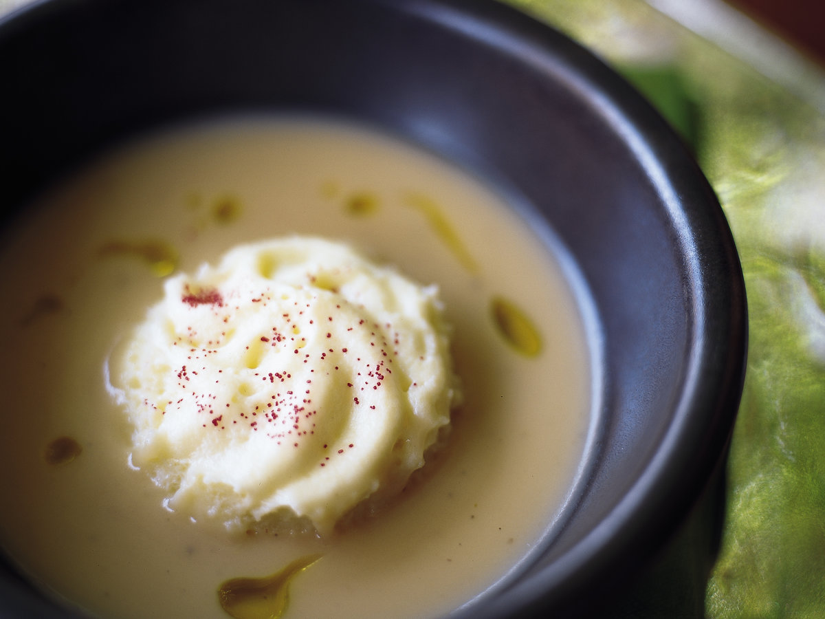 Velvety Onion Soup with Whipped Potato