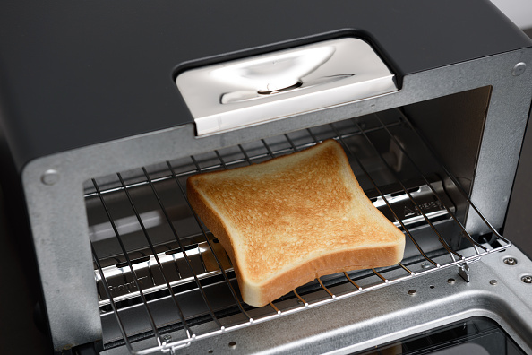 getty-toaster-oven-image