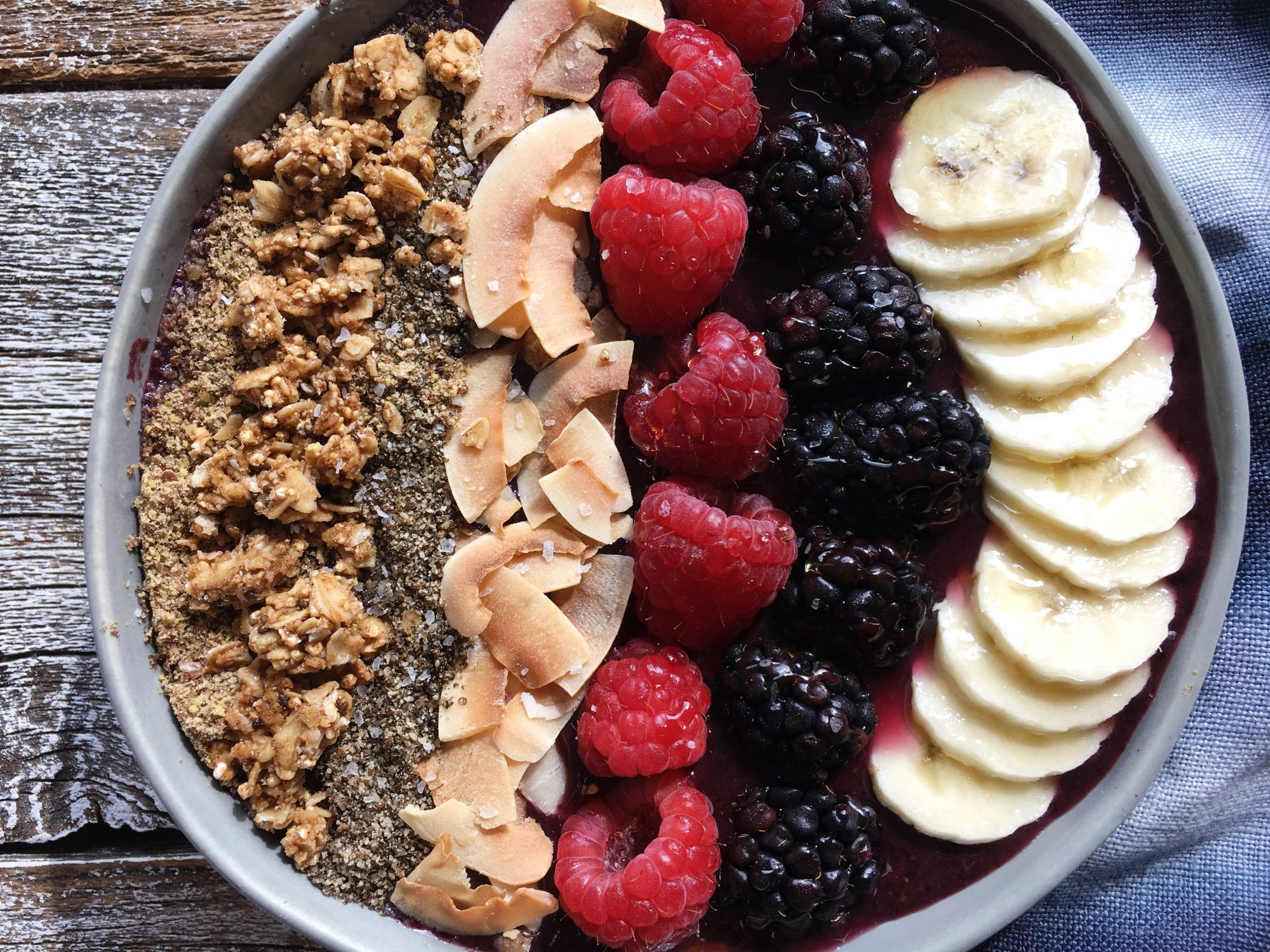 Blueberry Açaí Bowl
