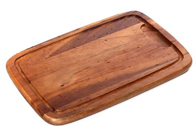 Why You Actually Do Need To Oil A Wooden Cutting Board