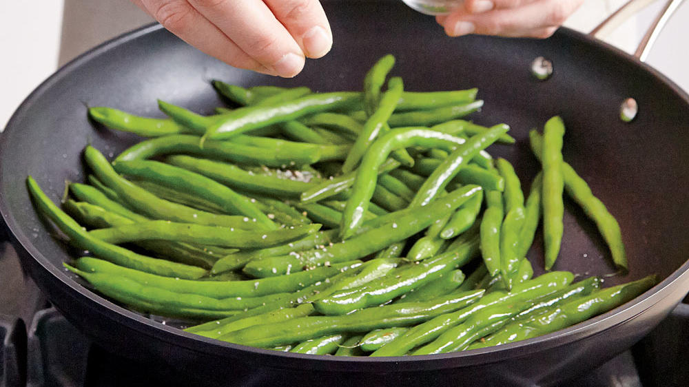 quick and easy green beans still.jpg