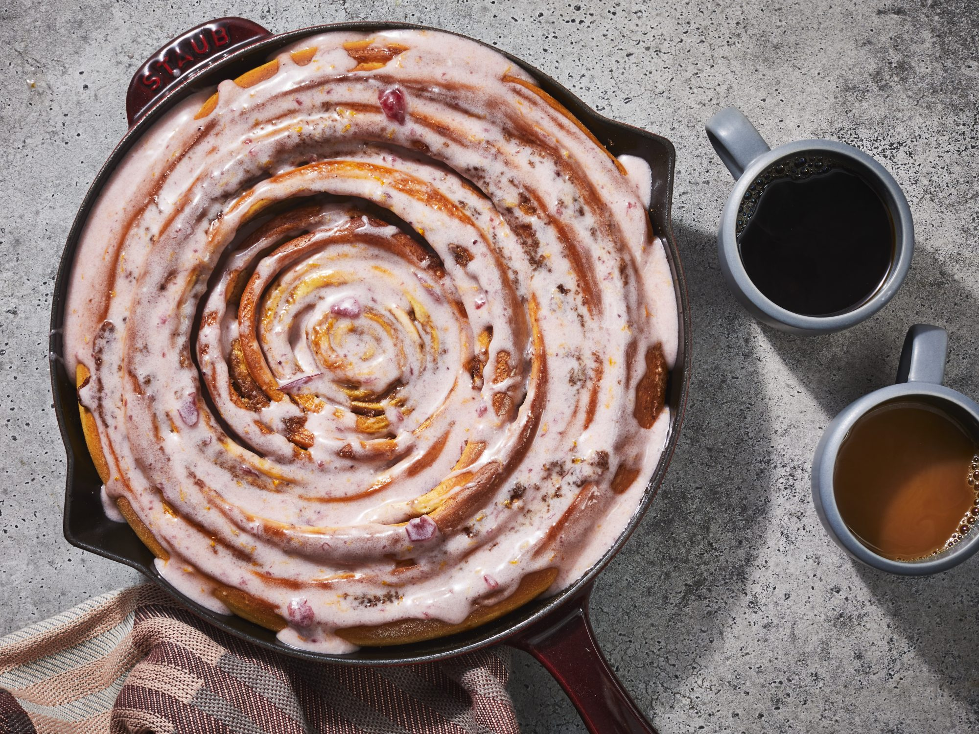 Skillet Cinnamon Roll With Cranberry Glaze