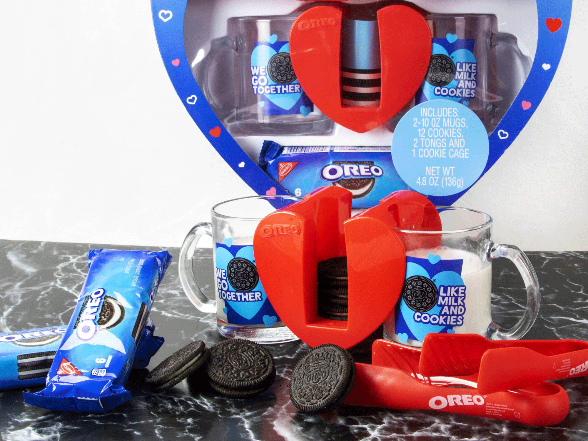 Oreo Heart Dunking Set for Valentine's Day inline