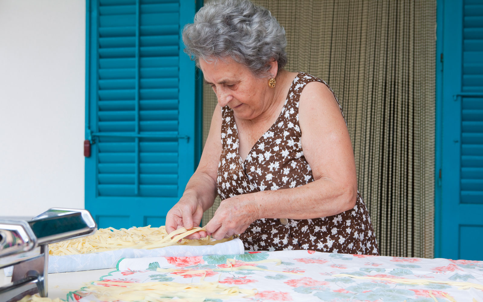 This Adorable Italian Nonna Offers Virtual Pasta-making Classes From Her Gorgeous Home Outside of Rome