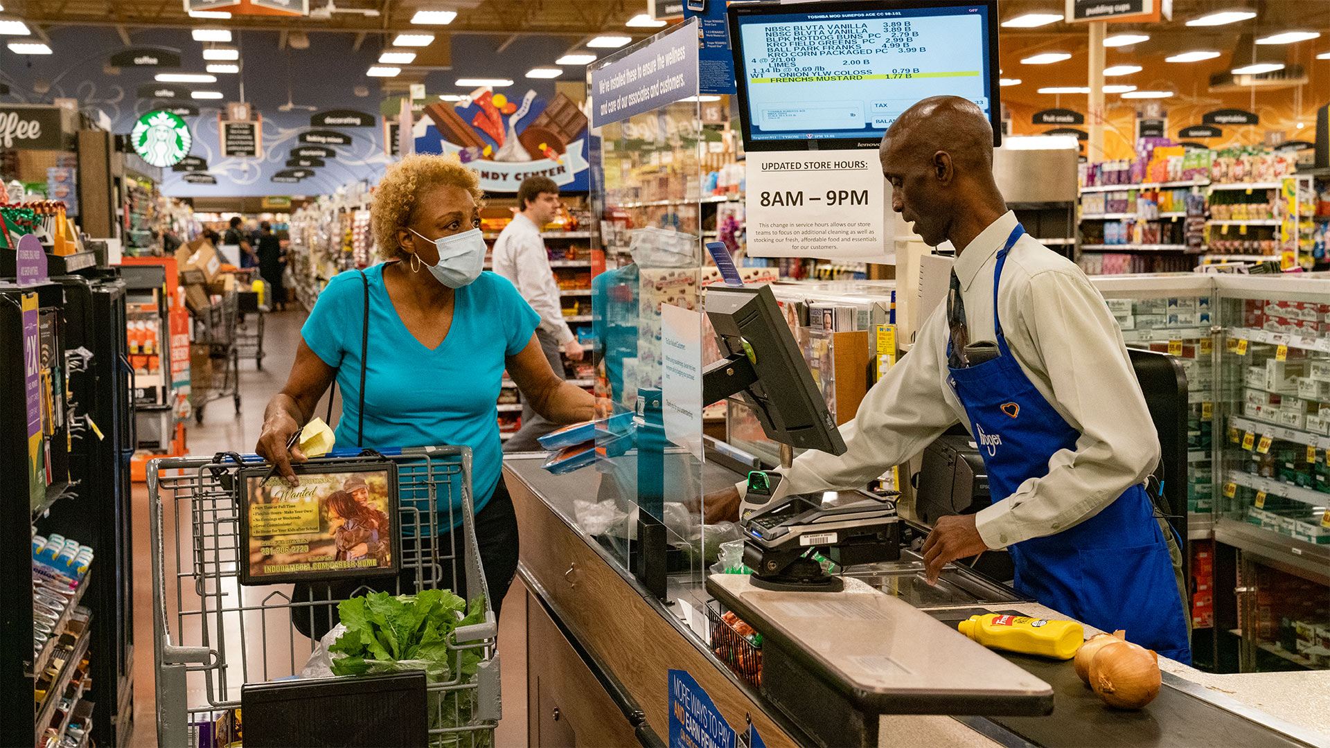 Tyler Perry Pays for All Groceries in Kroger 4