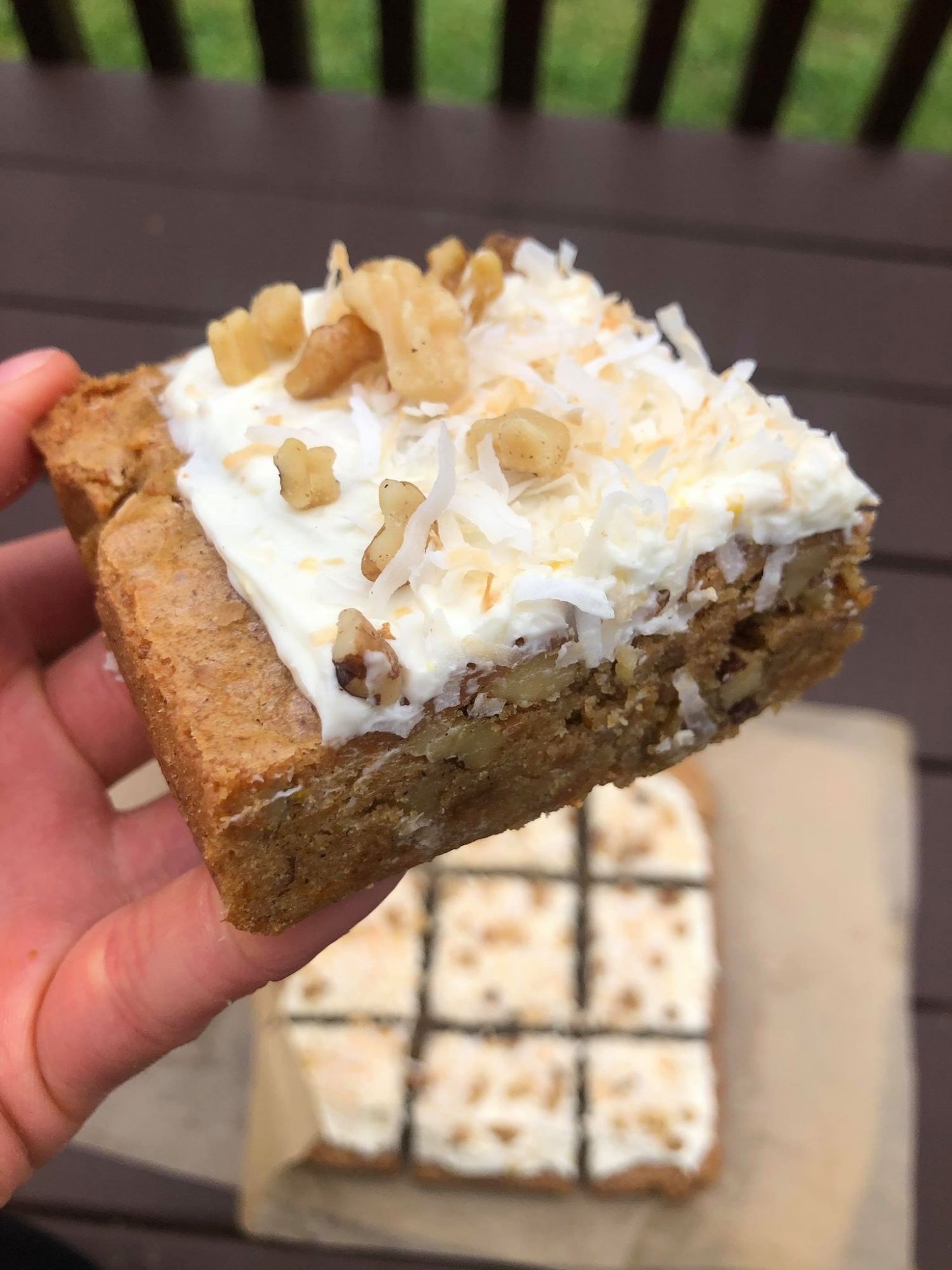 carrot cake blondie 2