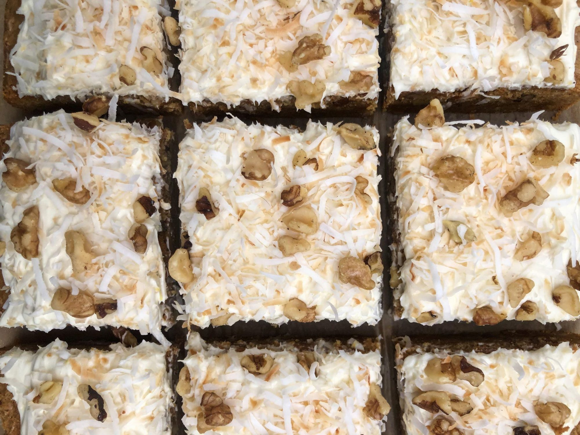 carrot cake blondies group