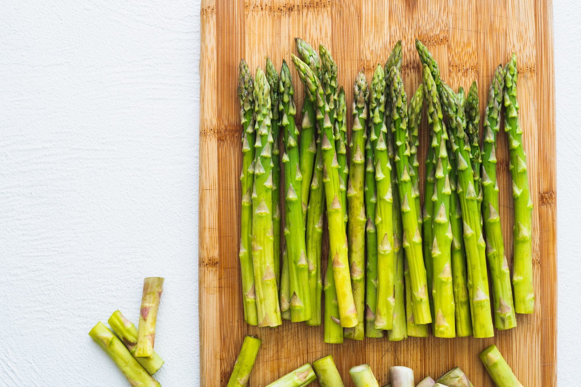 Asparagus Cutting Board Getty 4/22/20
