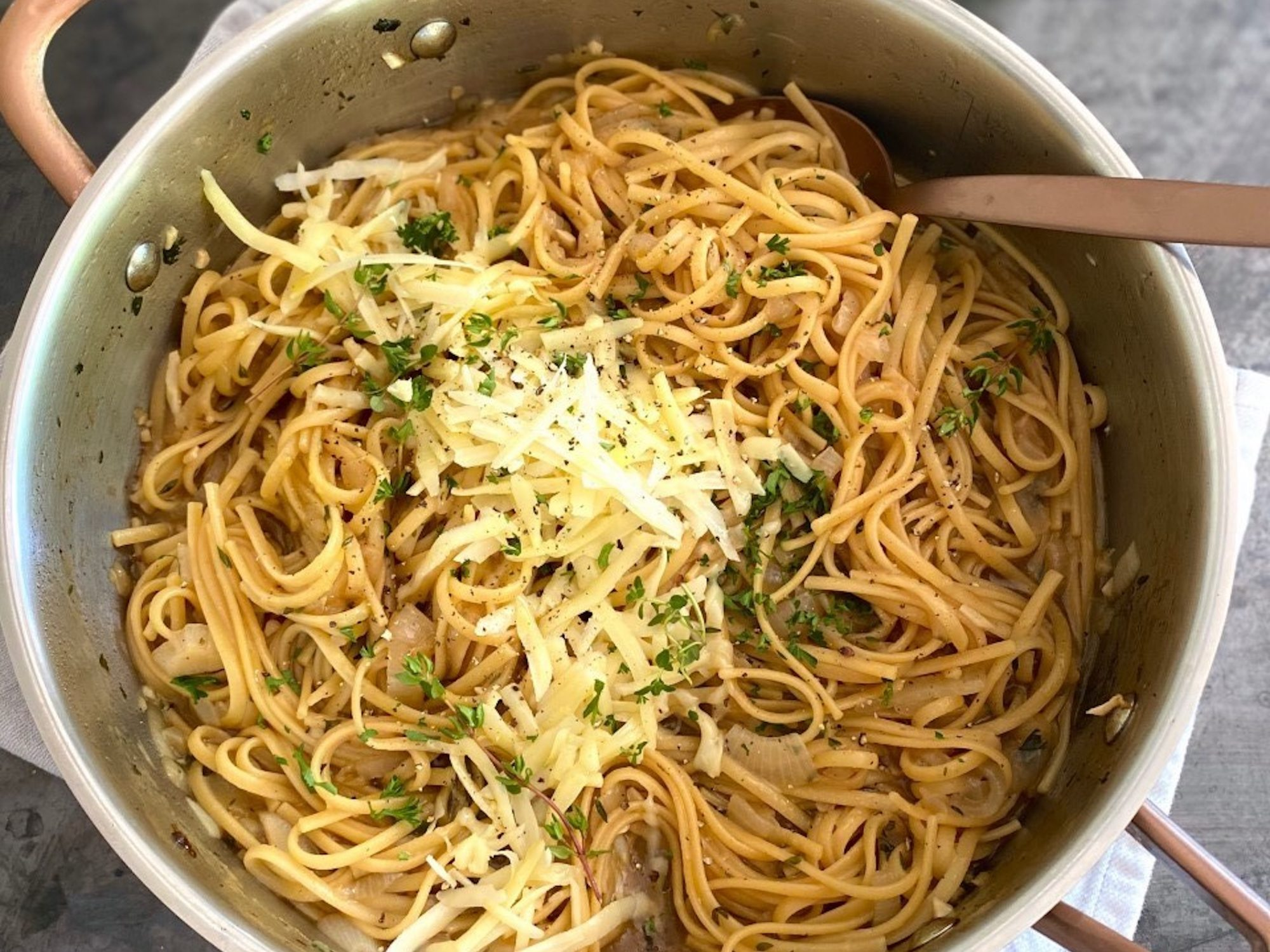 mr-French Onion One-Pot Pasta Image