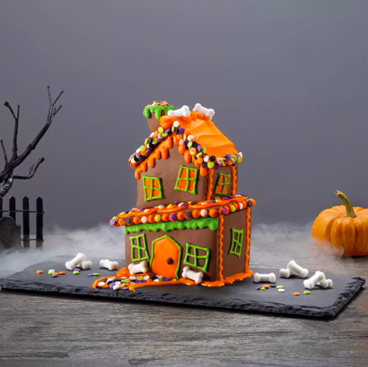 Halloween Cookie Houses Are the New Gingerbread Houses—and You Can Buy Them Right Now -- tavern