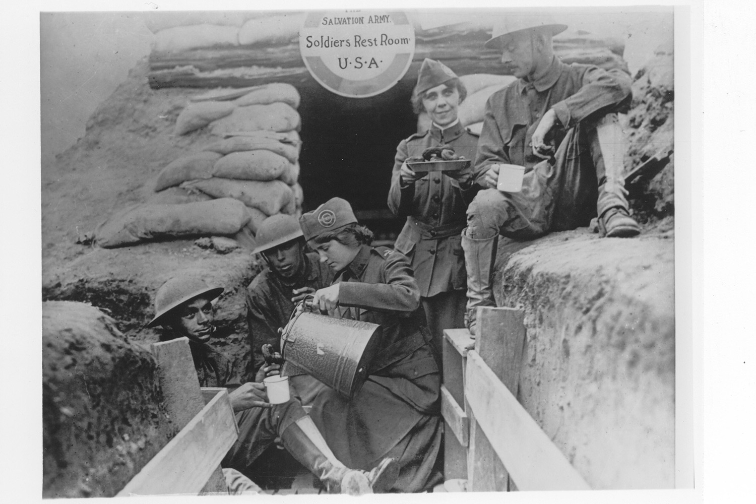 EC:  assets%2Fmessage-editor%2F1464889295374-world-war-i-trenches-doughnuts-inline-salvation-army