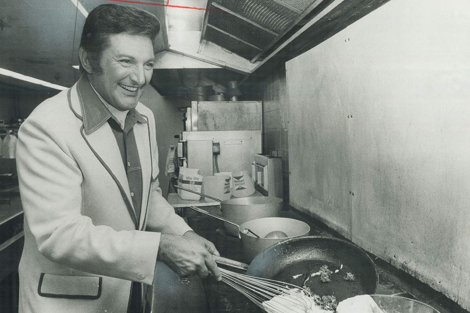 EC:  assets%2Fmessage-editor%2F1469068458138-liberace-cooking-inline-getty