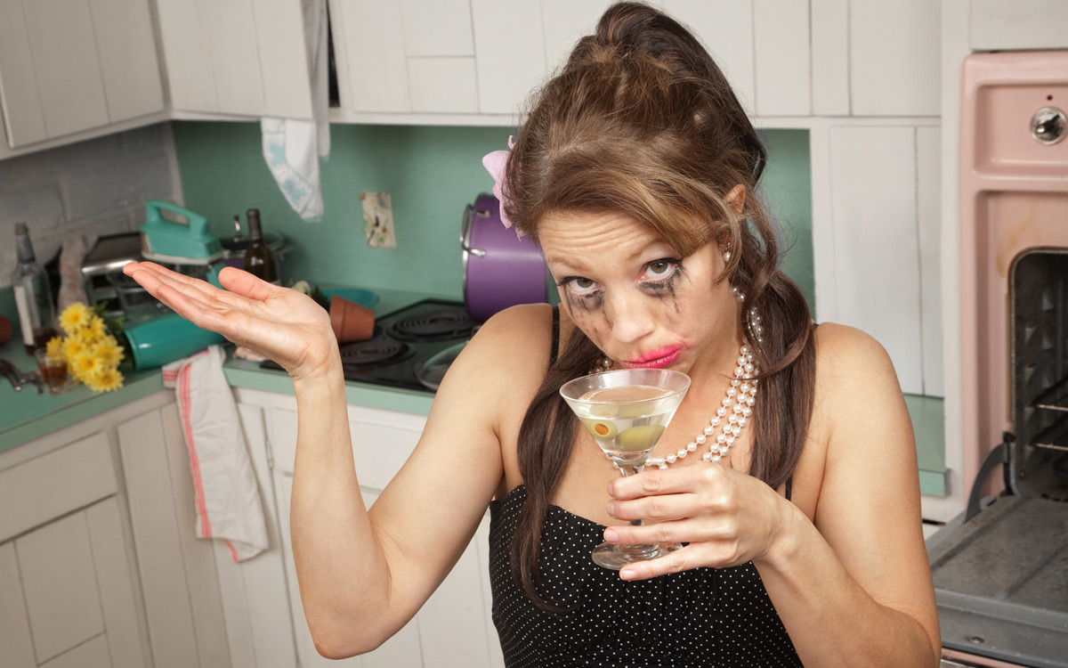 EC:  assets%2Fmessage-editor%2F1471813740957-woman-kitchen-martini-inline