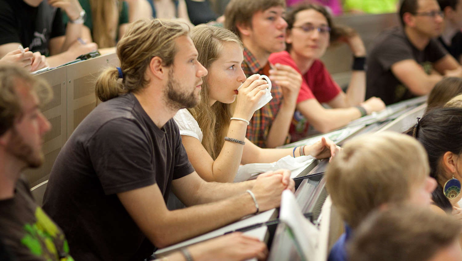 EC:  assets%2Fmessage-editor%2F1473172086366-coffee-college-class-inline-getty