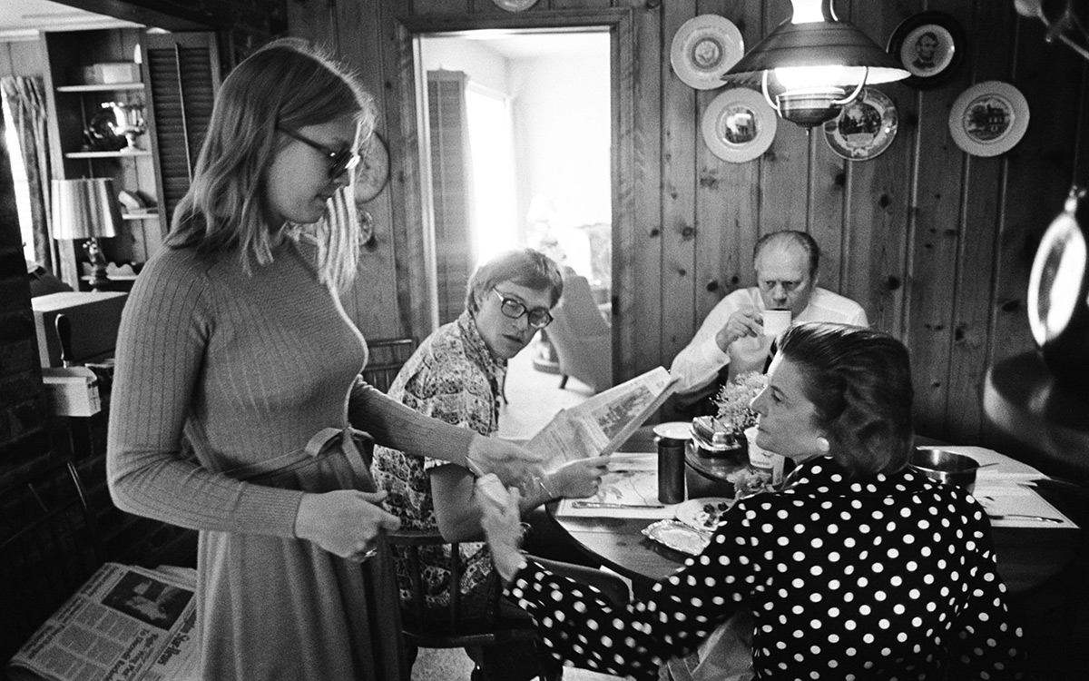 EC:  assets%2Fmessage-editor%2F1476888467994-ford-breakfast-family-inline