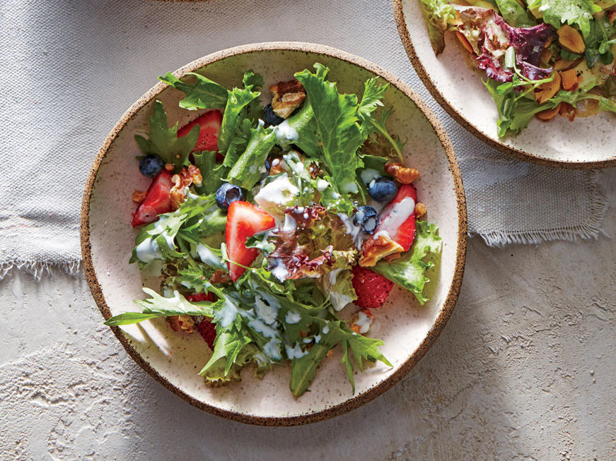 Berry and Walnut Salad
